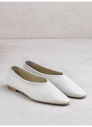 Elle Ayakkabı Ekru
